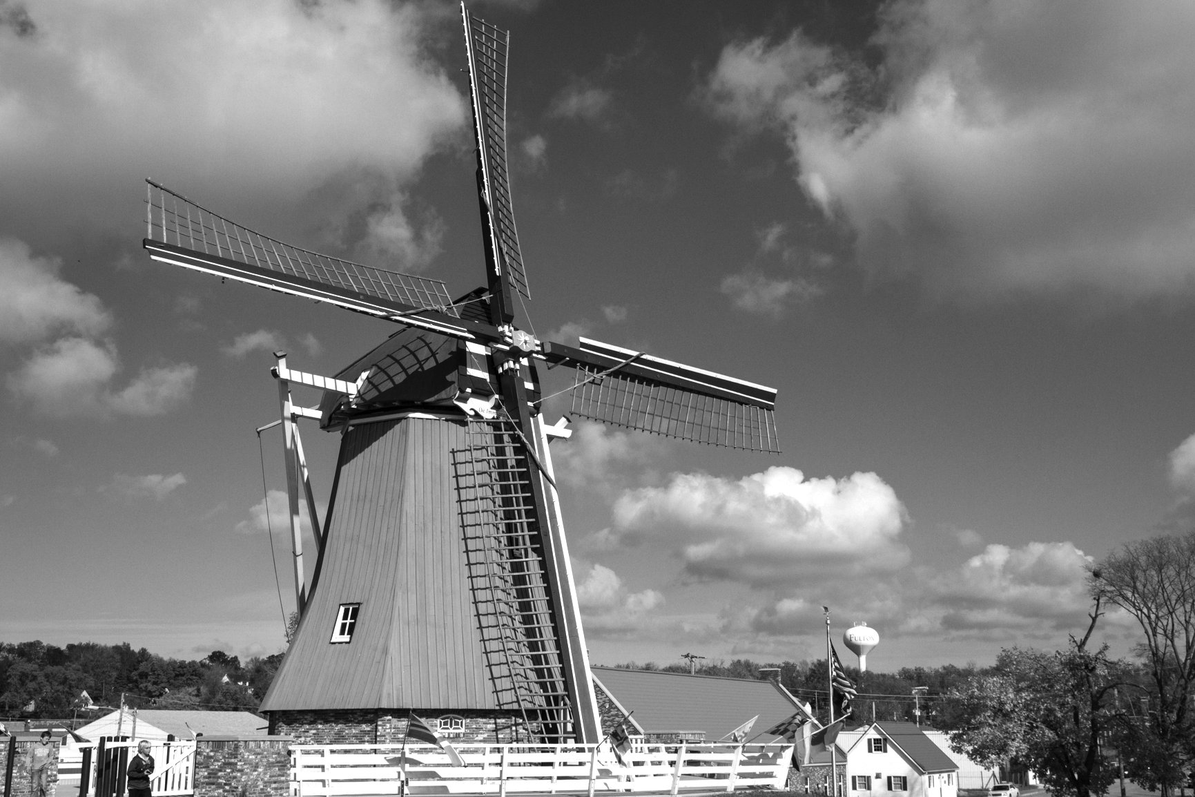 Click to enlarge image Windmill_3786.jpg