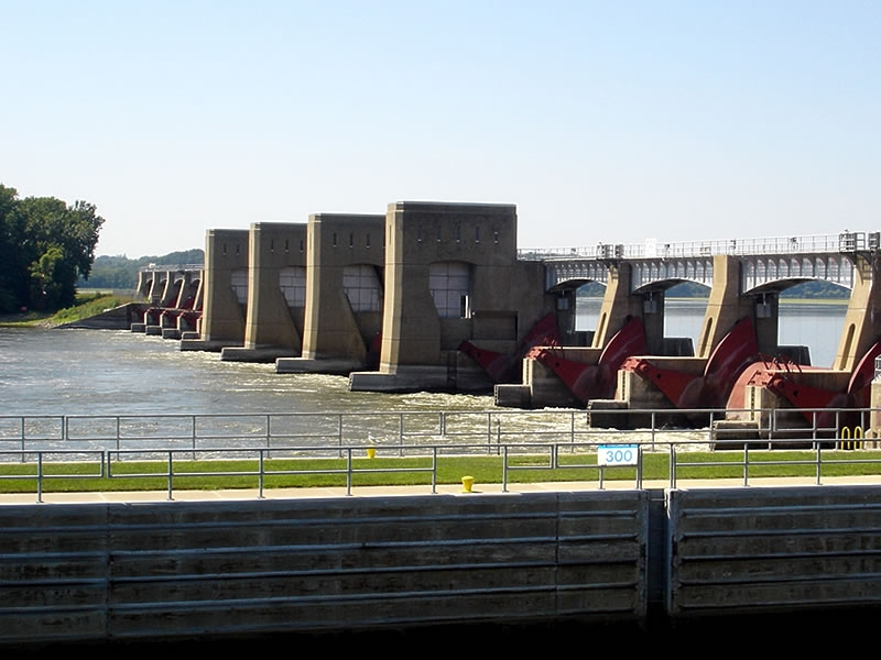 Lock and Dam 13 on the Mississippi River